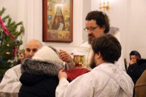 В праздник Рождества Христова Преосвященный Савва совершил Божественную литургию в Свято-Николаевском кафедральном соборе г. Валуйки